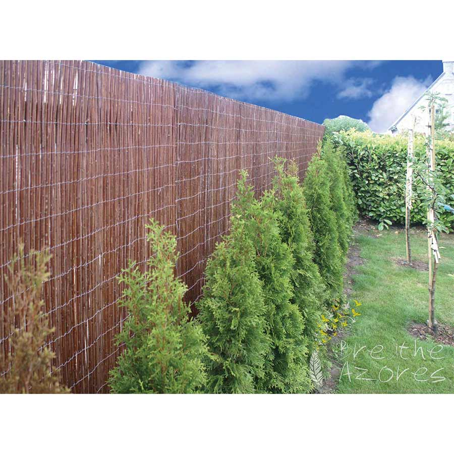 Willow matting used as a fence screen breathe azores for Fence screening solutions